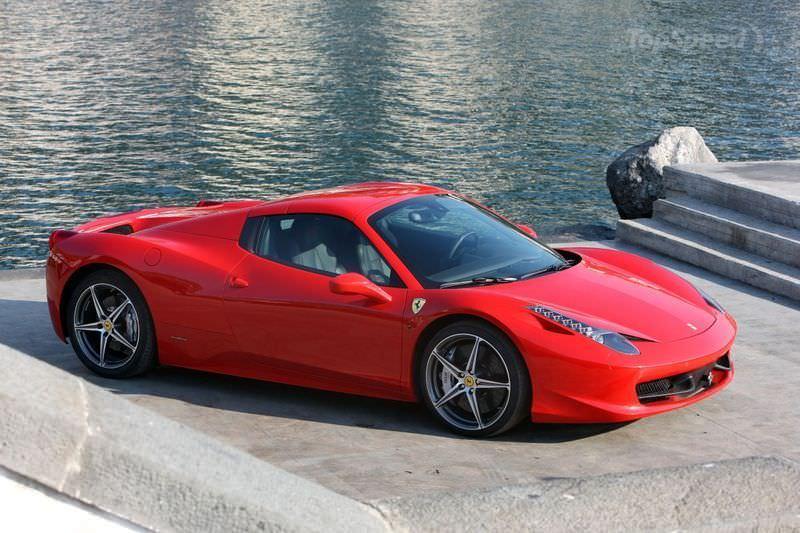 Rent Ferrari 458 Spider in Dubai