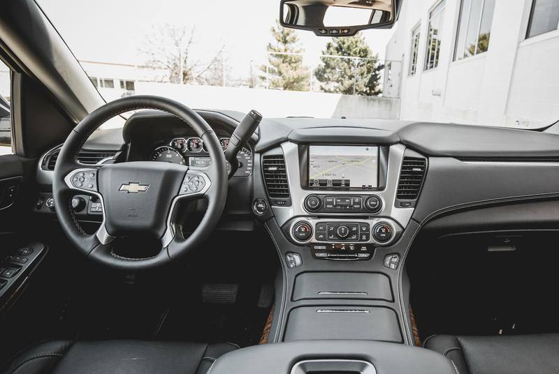 Chevrolet Suburban черный