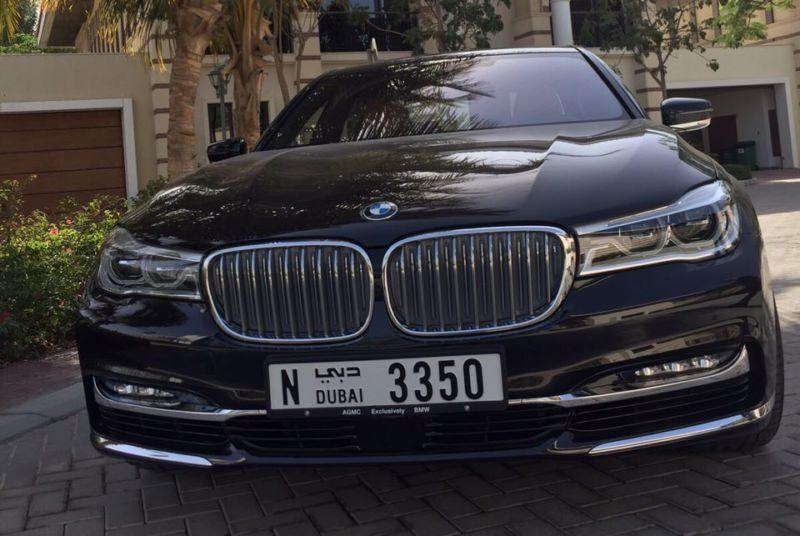 BMW 7 black