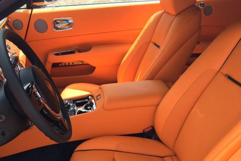 Rent Rolls Royce Dawn in Dubai