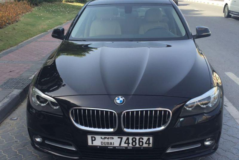 BMW 5 черный