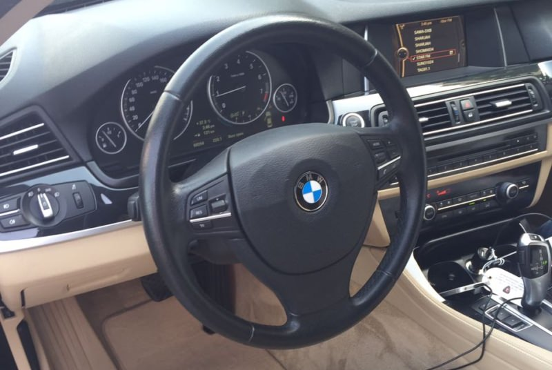 BMW 5 Series black