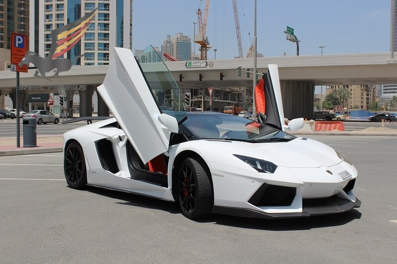 Rent LAMBORGHINI AVENTADOR ROADSTER White in Dubai