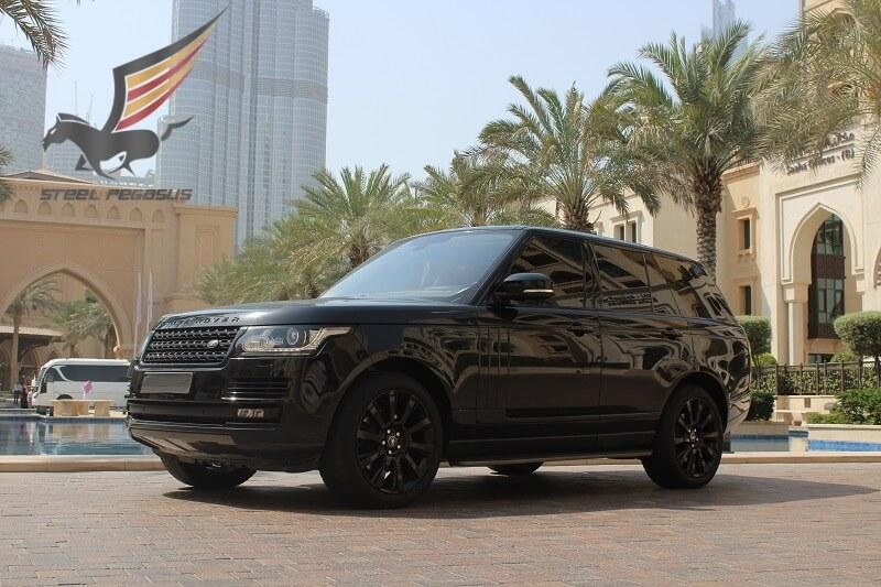Range Rover Vogue черный