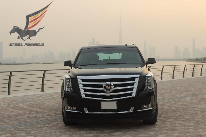 Cadillac Escalade черный