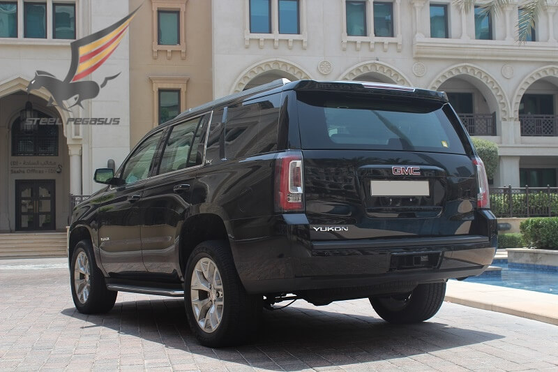GMC YUKON black