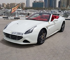 Ferrari California белая