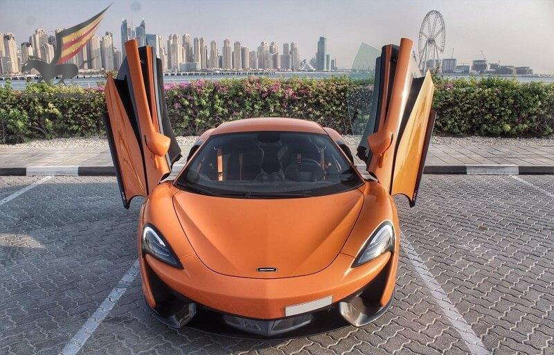 Rent McLaren in Dubai