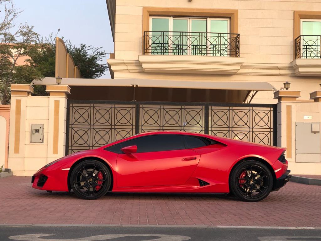 Rent LAMBORGHINI Huracan red in Dubai