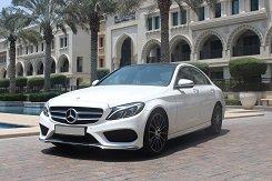 Mercedes-Benz C200 белый