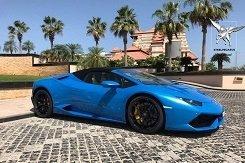 Lamborghini Huracan spider голубой