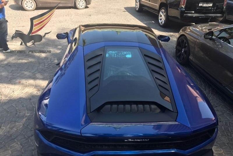 Rent LAMBORGHINI Huracan Blue in Dubai