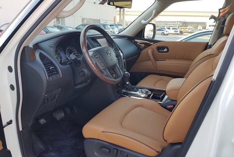Nissan Patrol Platinum белый