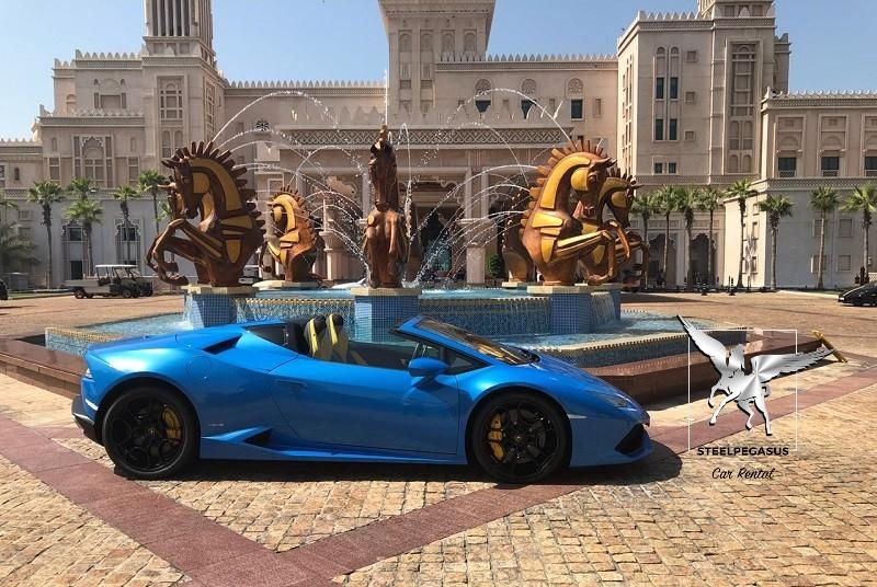 Lamborghini Huracan spider blue