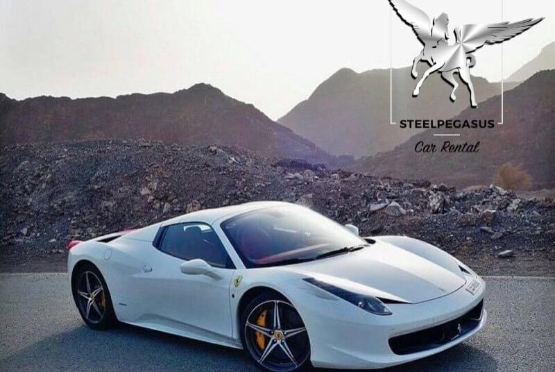 Ferrari 458 Spider белая