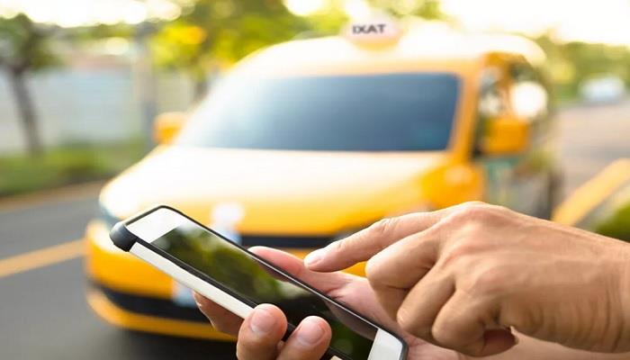 Оплатить такси Дубая можно картой и смартфоном